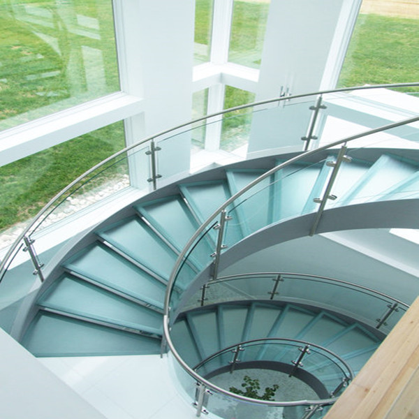 Wooden Treads Curved Staircase Building Curved Stairs With Laminated Tempered Glass Railing
