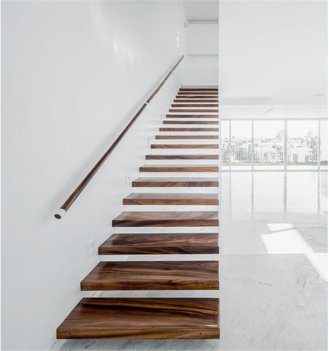Interior Loft Oak Wooden Building Floating Stairs Hot Dip Galvanized Finish
