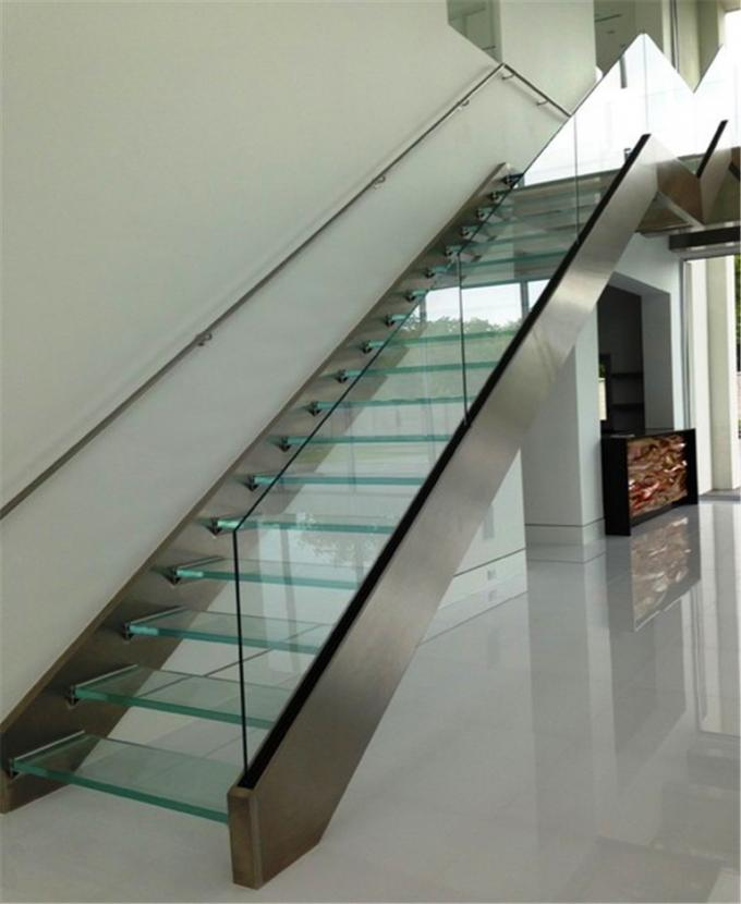 Indoor Design Stairs Glass Straight Flight Staircase Multi Treads Customizable
