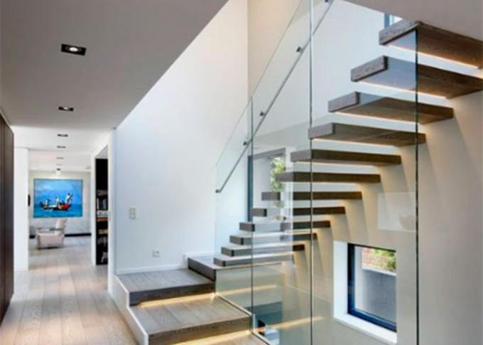 Wood Treads Modern Floating Stairs , Floating Stairs With Glass Railing CE Approval