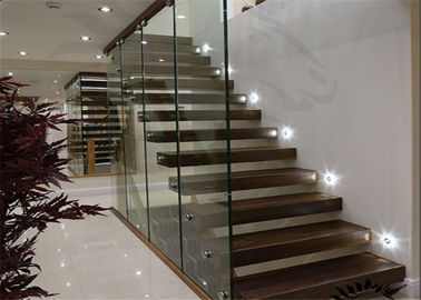 China Internal Solid Wood Modern Floating Stairs supplier