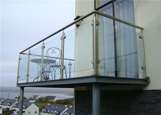 China 304 316 Stainless Steel And Glass Railing Systems , Tempered Glass Balcony Railing supplier