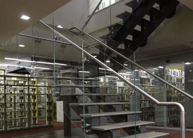 China U Shape Tempered Glass Stair Railings Interior , Steel Staircase With Wood Treads supplier