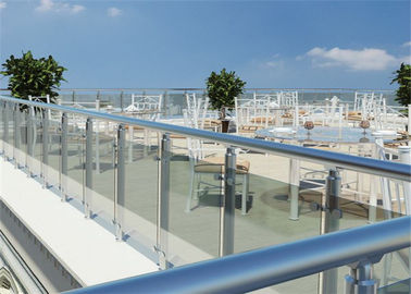 China Indoor Stainless Steel Glass Railing Baluster Post Tempered Clear Glass Modern Style supplier