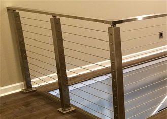 China Solid Structure SS Wire Balustrade , Horizontal Cable Railing Systems 1000-1200mm Height supplier