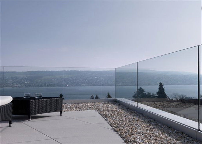 Frameless Glass Railing Aluminum U Channel Base Glass