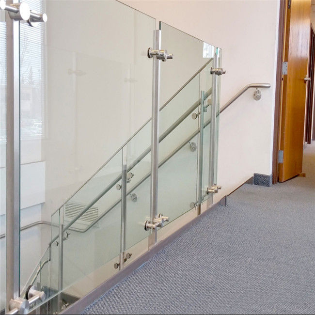 China Indoor Staircase Post Glass Railing Custom Handrail Sizes With 12mm  Tempered Glass Supplier