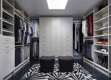 China Bedroom Furniture Walk In Closet Wardrobe Laminate Custom Made distributor