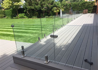 China Customzied 316s/s Frameless Glass Balustrade 304s.s Glass Railing For Swimming Pool factory