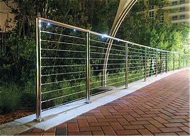 China Modern Balcony Stainless Steel Cable Deck Railing System High Pressure Double Crank factory