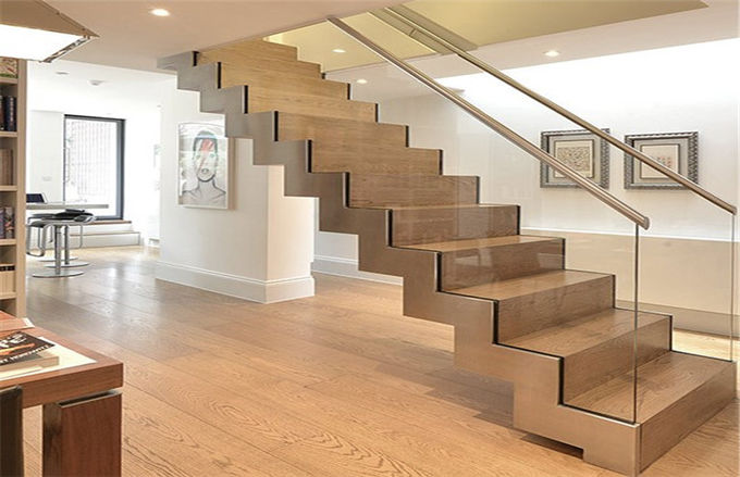 Modern Straight Flight Staircase 12mm Tempered Glass Railing Indoor Decoration